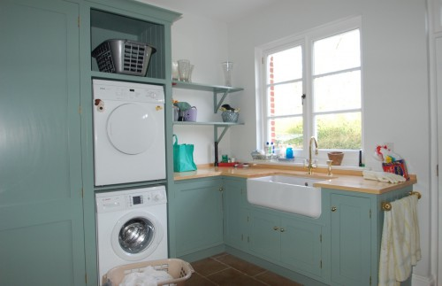 Utility and boot room designs in wood great bentley for Utility rooms uk